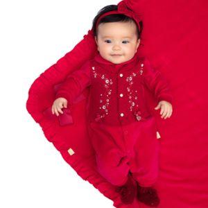 Saída de Maternidade Paraiso Plush com Matelassê Vermelho